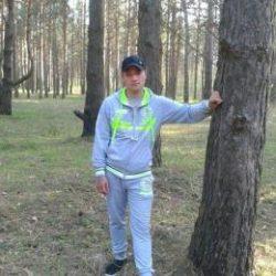 Парень из Москвы, женат. Ищу любовницу