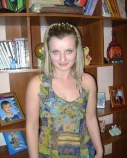 Симпатичная блондинка, познакомлюсь с парнем или мужчиной для встреч в Мурманске