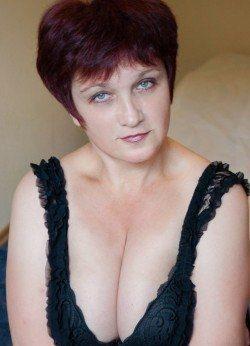 Сладкая девочка с приятной попкой и грудью желает познакомиться с мужчиной в Мурманске
